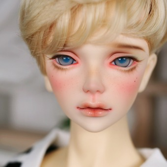 ball jointed doll make up dollsn Nornen No.5